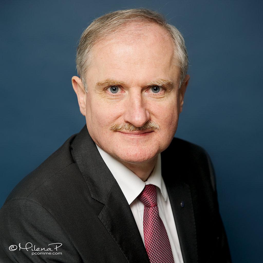 Dr Christian Feichtinger
